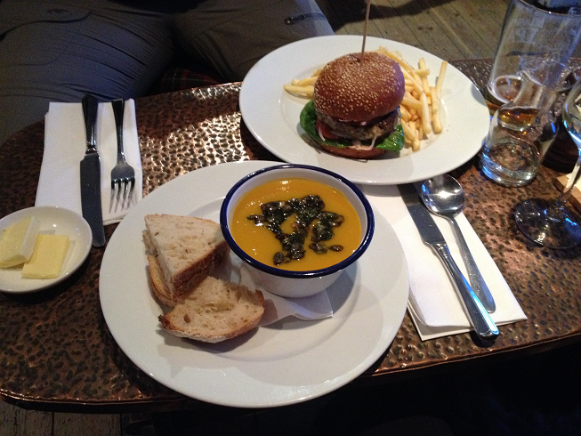 Lunch at Mhor 84