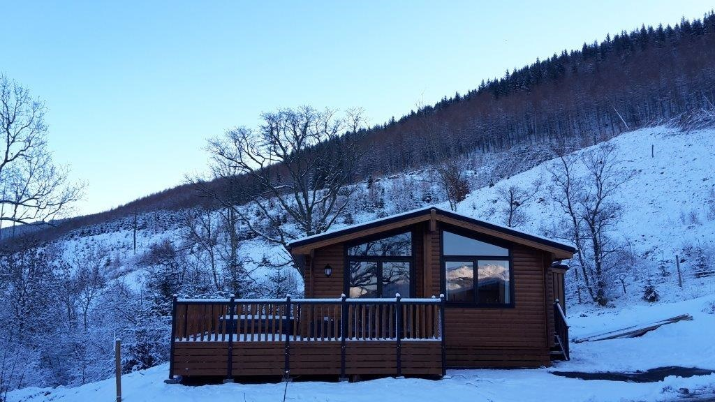 Spend Christmas in a Luxury Scottish Log Cabin in the Trossachs this year?